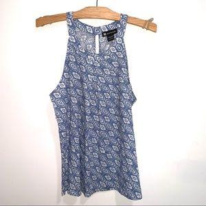 🌷5/$20 Women's Blue/White Sleeveless Top